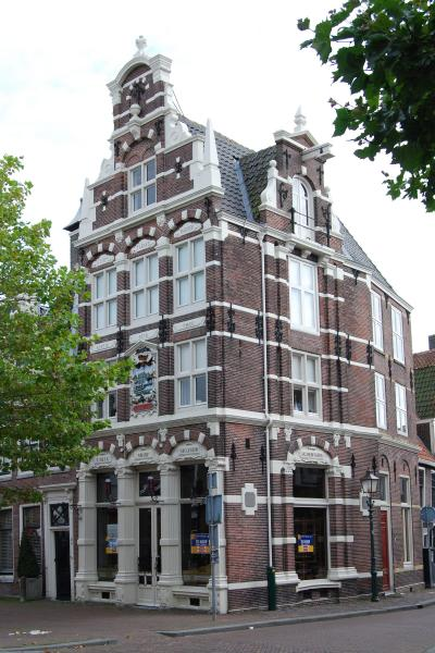 Hoorn - Breed 38